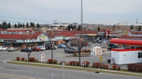 Hunterhorn Plaza - Main